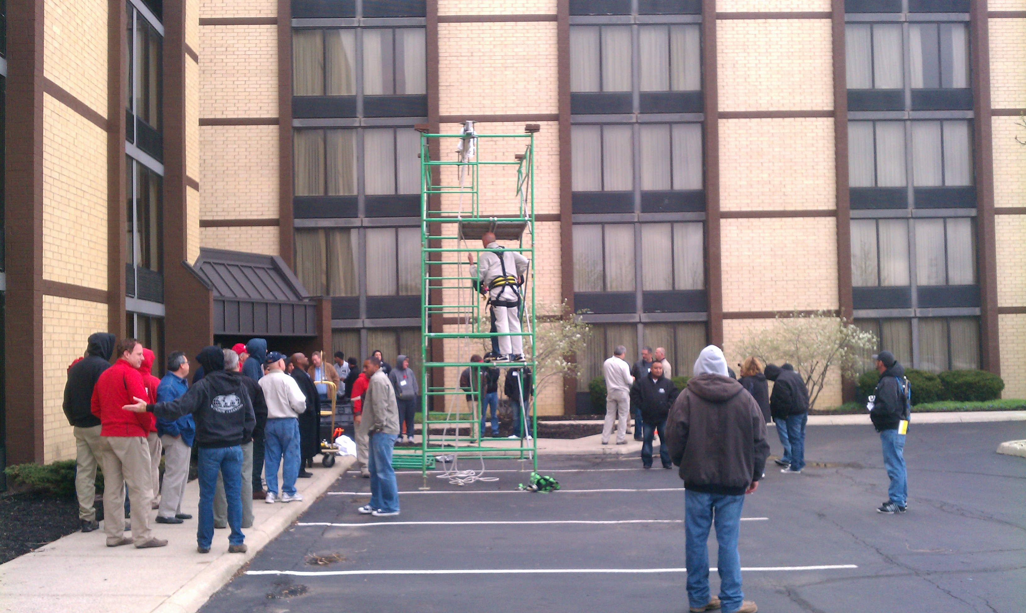 Window cleaners in Columbus Ohio from Globe Window Cleaning at IWCA safety training